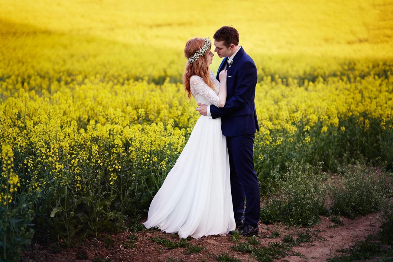 plener ślubny Ani i Bartka w Świeciu