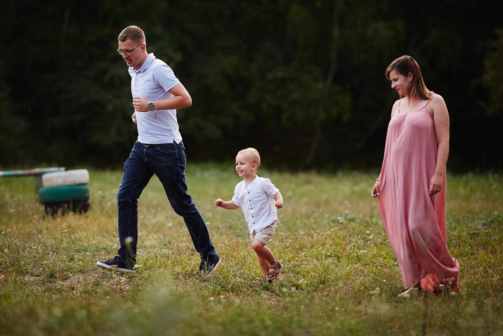 Grudziądz-Plenerowa sesja rodzinna Agata & Arturek & Borys 21