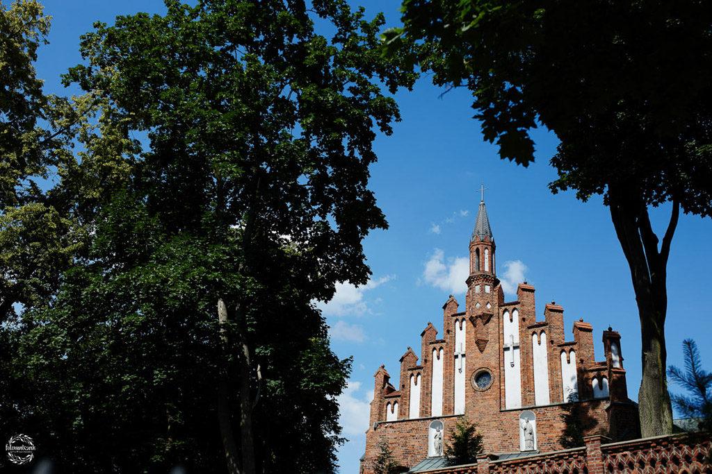 fotografia ślubna Grudziądz - kościół Rypin