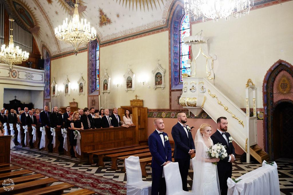 fotografia ślubna Grudziądz - ślub - para młoda ze świadkami