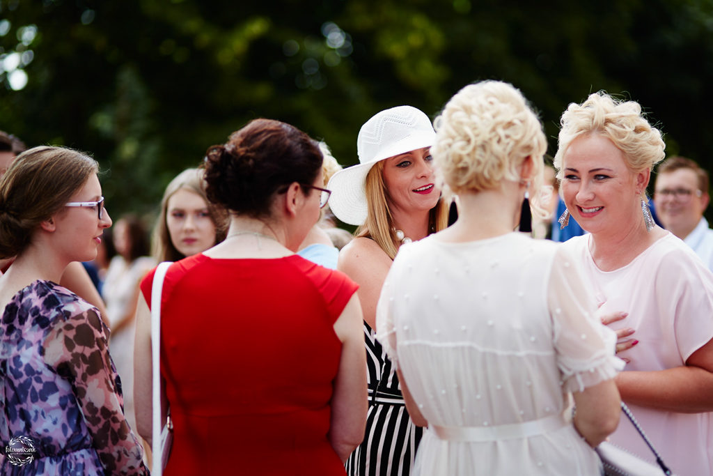 fotografia ślubna Grudziądz - goście weselni