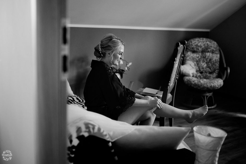 fotografia ślubna Grudziądz - przygotowania do ślubu - panna młoda