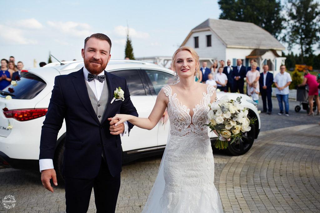 fotografia ślubna Grudziądz - Hotel Przystań - Kikół - sala weselna - para młoda