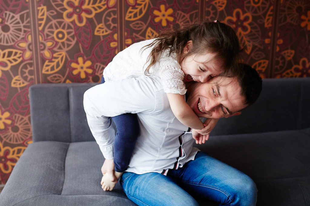 sesja rodzinna Grudziądz - tata z córką