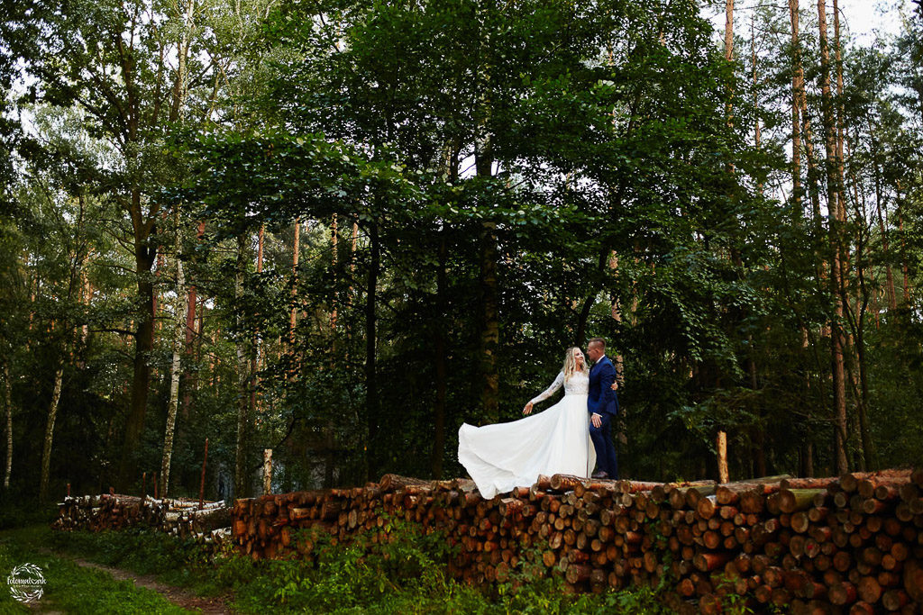 Ślub i wesele Grudziądz- plener - las rudnicki